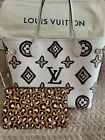 LOUIS VUITTON WILD AT HEART NEVERFULL MM CREME GIANT MONOGRAM BAG LIMITED ED