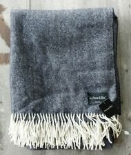 Joshua Ellis Uk 100% Cashmere Throw Black and Cream Herringbone – New