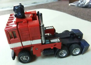 RARE, VINTAGE 1982 HASBRO G1 TRANSFORMER - OPTIMUS PRIME TRUCK, TRACTOR ONLY