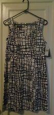 NEW Women's Sundress, Size 9. Black/White Print, V-Neck, Zip Back. From Byer