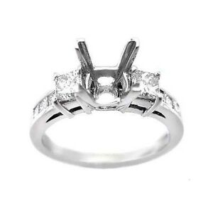 0.75 F SI PRINCESS CUT DIAMOND ENGAGEMENT RING SETTING