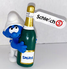 NEW Smurf with Bottle 20821 Year 2020 Smurfs 2 inch Plastic Figurine Champagne