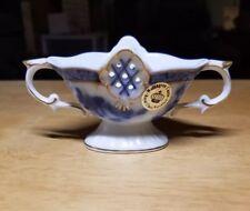 """Fine Vintage Wellington Castle """"Blue Lace"""" Porcelain Dish"""