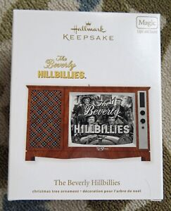 Hallmark Ornament THE BEVERLY HILLBILLIES TV SET- 2012 Clampetts -MAGIC SOUND-LT