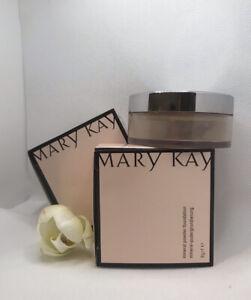 Mary Kay Mineral Powder Foundation 8g/0,2Oz & Brush