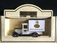 NEW IN BOX Days Gone 1934 Chevrolet Box Van Start-Rite Shoes Diecast Car