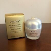SHISEIDO Future Solutions LX Total Radiance SPF 20- Rose 3