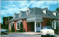 1950s WILLIAMSBURG Lafayette Steak & Seafood House Restaurant VA Postcard CN
