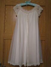 VTG Claire Sandra by Lucie Ann Beverly Hills White Lace Peignoir Robe Bridal Sm.