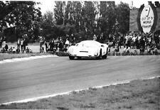 JOCHEN RINDT PORSCHE 910 UDO SCHUTZ BOAC 500 1967 ORIGINAL PERIOD PHOTOGRAPH