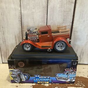 Muscle Machines 1/18 Scale '29 Model A Truck  CANDY APPLE 2002