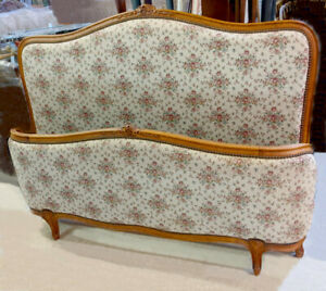 STYLISH VINTAGE FRENCH LOUIS XV STYLE CAPITONE DOUBLE BED