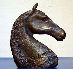 Horsehead Art Sculpture