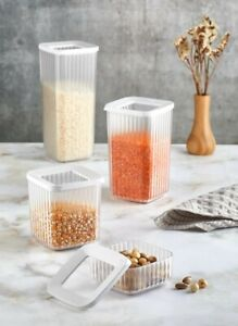 Set of 4 Square Containers Airtight Food Storage Kitchen Accessories