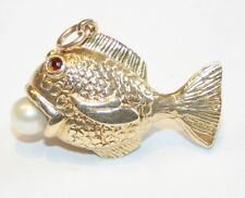 Vintage 9ct Gold Fish Charm with Cultured Pearl & Stone Set Eyes 7.1 Grams