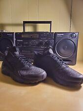 Nike Air Huarache Run ultra SE New With Box Men's size 10 Black Dark grey