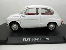 DIE CAST 1//24 Fabbri Editori FIAT 600D 1960 BLU