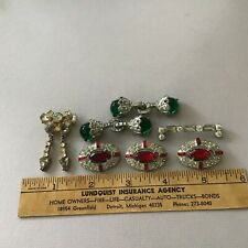 Vintage Trim Items, 2 Small Clasps, And Other Pieces Of Trim, Old Collection