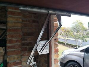 Double Garage Tilt Door (no track) A Pair of 90J / 200J Arm Compatible B&D