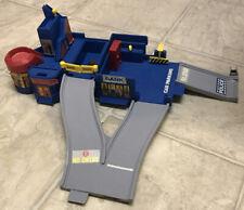 Vintage 1996 Mattel Hot Wheels Police Station Playset Piece RARE
