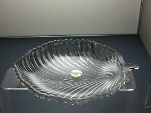 LEAD CRYSTAL SERVING TRAY/DISH