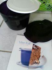 tupperware lot micro Cook. Violet.  2L25 + livre