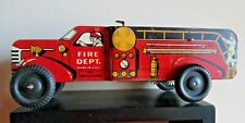 Metal Wind Up Fire Truck ~ Walter Reach ~ COURTLAND Toys ~ Litho Color ~ 1940s