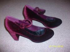 Ladies Burgandy Suede Block Heeled Shoes Size 8 from New Look