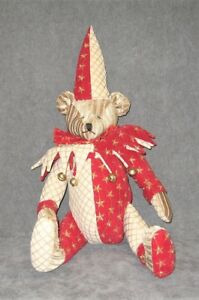 A timeless designed Bear by Mark Roberts