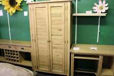 solid oak 2 door wardrobe with brass knob and hinges