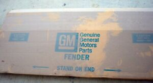 1988-2002 CHEVY TRUCK NEW GM NOS OLD STOCK FENDER 15998377