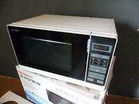 Sharp R-242(W)W - Mikrowelle - freistehend - 20 Liter - 800 W Weiß Microwave