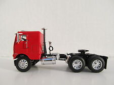 DCP 1/64 SCALE WHITE FREIGHTLINER CABOVER RED WITH BLACK FRAME