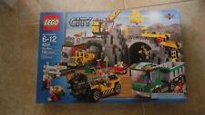 Brand New Lego City 4204 The Mine w/Drill Crane Ore Train Truck Mountain Sealed