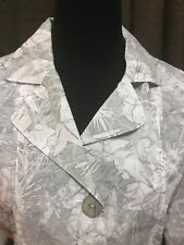 CHICO'S SIZE 0 Gray White Silver Jacket Floral