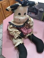 """17"""" Collectible Cow Vintage"""