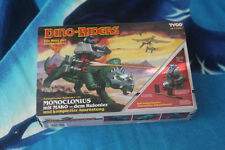 Dino Riders Monoclonius mit Mako von Tyco 1987