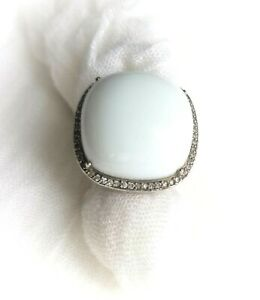 UNIQUE VINTAGE STERLING SILVER MASSIVE RING OFF WHITE RESIN , CZ SIZE 7