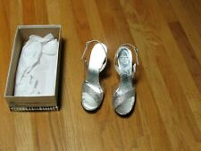 Vintage Amano Shoes Metallic Silver, Clear Lucite, Rhinestones Sz.8-1/2 Aa Excel