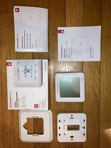 Honeywell T6 Pro Smart Wi-Fi Programmable Thermostat Open Box Never Installed