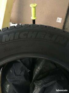 Pneus 4x Hiver Michelin 185/65R15 88T