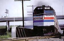 Amtrak F40PH #221 Passenger Diesel locomotive railroad train postcard (b2)