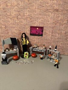 Vintage Topper Dawn Angie - Witches Room 🖤🖤🖤🖤