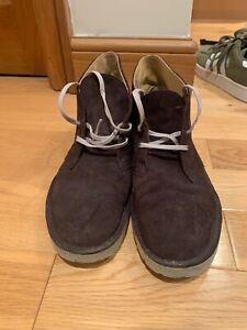 clarkes desert boots