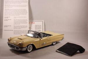 """Casino Cream"" 1959 Ford Thunderbird Convertible Limited  - Danbury Mint 1:24"