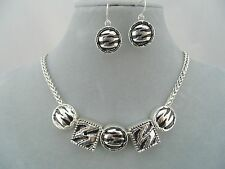 Silver With Animal Stripe Necklace Earrings Set Fashion Jewelry NEW