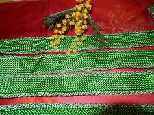 6,70 belle tresse vert pré pour orner vos vétements folchloriques ?? sacs...