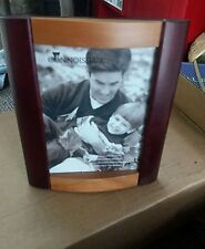 """Curved Wood 2 Colors Picture Frame 8 """" tall  x 7"""" FOR Pic 5x7"""