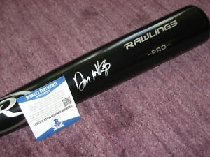 DON MATTINGLY (NY Yankees) Signed Black Rawlings Big Stick BAT w/ Beckett COA