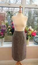 Gorgeous LAURA ASHLEY Cambrian Welsh tweed tartan Wool pencil skirt size 6